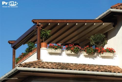pergolati in legno e alluminio , tende da sole , tendaggi classici e ...